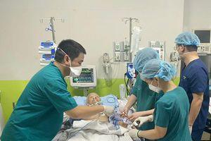 Bệnh viện Chợ Rẫy tiếp nhận bệnh nhân Covid-19 nặng nhất Việt Nam