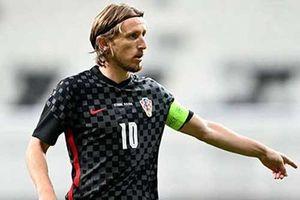 Modric đi vào lịch sử bóng đá Croatia