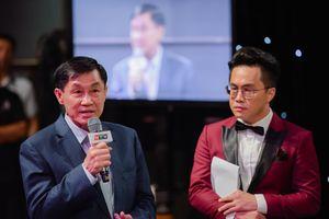 Ông Jonathan Hạnh Nguyễn góp 1,5 tỷ ngay trên sóng truyền hình