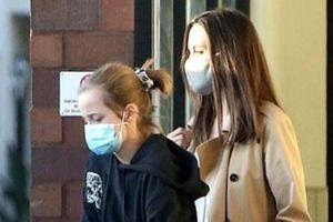 Con gái út của Angelina Jolie cao gần bằng mẹ
