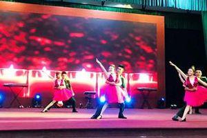 Sôi động 'Vũ điệu quốc tế năm 2021' ở Sư đoàn 5