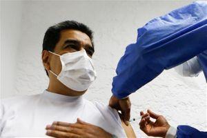 Tổng thống Venezuela đề xuất đổi dầu lấy vaccine ngừa COVID-19