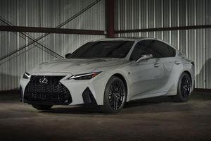 'Soi' Lexus IS 500 F Sport bản đặc biệt, sản xuất giới hạn 500 chiếc