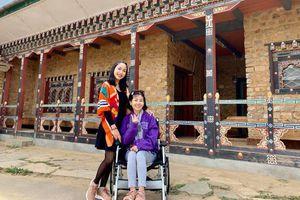 Ốc Thanh Vân ngậm ngùi nhớ bạn thân trong ngày giỗ đầu nghệ sĩ Mai Phương