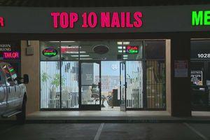 Chủ tiệm nail gốc Á bị gọi là 'thứ xấu xí bốc mùi' trong thư ẩn danh