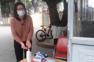 Phê bình một Giám đốc Trung tâm y tế ở Thanh Hóa vì chậm truy vết F1