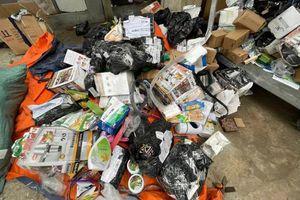 Hà Nội: Bắt giữ hàng vạn sản phẩm nhập lậu, giả mạo các nhãn hiệu nổi tiếng