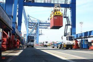 Xuất nhập khẩu hàng hóa trong tháng 3 tăng 35,9%