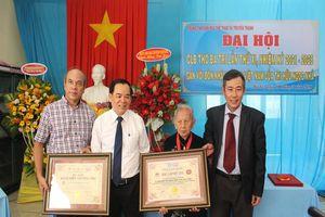 Cụ bà 102 tuổi được xác lập kỷ lục Việt Nam về sáng tác thơ