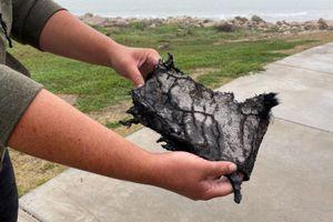Tên lửa SpaceX lại phát nổ khi hạ cánh, mảnh vỡ bay xa 8 km