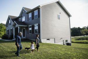 Người Mỹ ồ ạt mua nhà, giá bất động sản tăng nóng