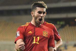 Tây Ban Nha, Italy giữ vững ngôi đầu vòng loại World Cup