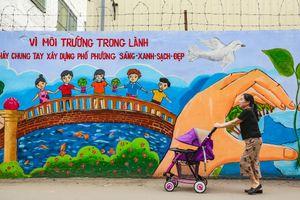 'Áo mới' của bức tường Công ty Rạng Đông 2 năm sau vụ cháy