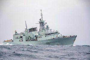 Sức mạnh của khinh hạm 5000 tấn vừa đi qua vào biển Đông
