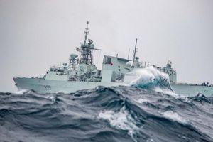 Canada điều tàu chiến đi qua Biển Đông