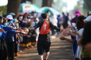 Tình người Pleiku tại Tiền Phong Marathon 2021
