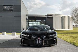 Bugatti cán mốc 300 chiếc Chiron được xuất xưởng