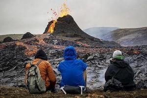 Núi lửa ở Iceland 'thức giấc' sau 6.000 năm