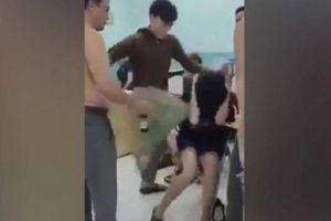 Hai thiếu niên bị bảo vệ dân phố đánh đập chấn thương đầu và cổ