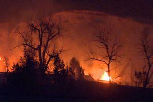 Bang North Dakota ban bố tình trạng khẩn cấp vì cháy rừng