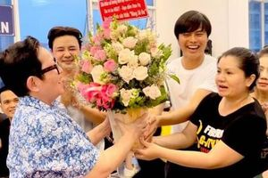 Võ Minh Lâm, Tú Sương cảm ơn đạo diễn Hoa Hạ