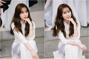 Khoe ảnh kỷ yếu đẹp chuẩn 'nàng thơ', netizen tìm danh tính nữ chính