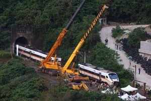 Lãnh đạo đầu ngành giao thông Đài Loan nhận trách nhiệm vụ tai nạn tàu cao tốc
