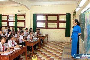 Khi giáo viên chống tiêu cực, hiệu trưởng thường có đấu pháp gì?