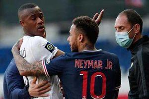 Neymar đòi đánh người sau khi phải nhận thẻ đỏ