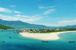 Clip 'Việt Nam: Đi Để Yêu! – Bao la biển gọi' sẽ có nhiều hình ảnh tuyệt đẹp về biển đảo Việt Nam