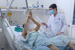 Bộ phận sinh dục hoại tử sau khi thắt búi trĩ ở phòng khám đông y