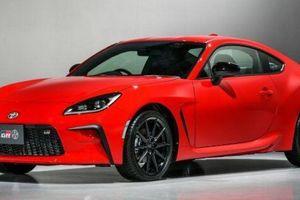 Toyota GR 86 2021 sắp ra mắt, sở hữu lưới tản nhiệt lạ mắt