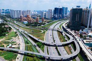 Tp.HCM cần đầu tư hạ tầng, đẩy mạnh chuyển đổi số để phát triển