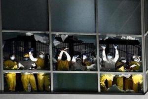 Mỹ: Tù nhân phóng hỏa đốt nhà tù gây náo loạn