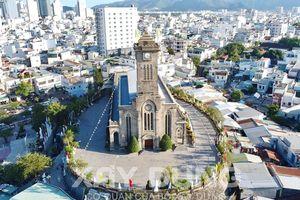 Chiêm ngưỡng tuyệt tác nhà thờ đá Nha Trang