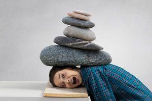 Chóng mặt, mất thăng bằng: Chị em cần cảnh giác với rối loạn tiền đình