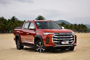 Xe bán tải Trung Quốc có giá hơn 1 tỉ đồng