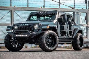 Jeep Wrangler độ thân rộng của Liberty Walk