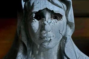 'Ấn quỷ' - lãng phí ý tưởng ác quỷ đội lốt Đức Mẹ Maria