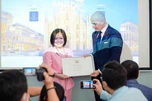 Bà Lê Thị Quỳnh Trang được trao tặng Huân chương Công trạng