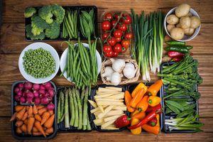 Chuyên gia 'vạch mặt' 3 cách ăn rau cực sai lầm... nhiều người mắc