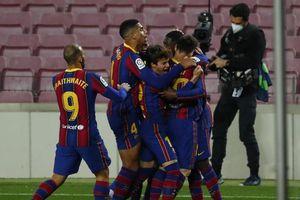 Thắng nghẹt thở phút cuối, Barcelona áp sát ngôi đầu La Liga