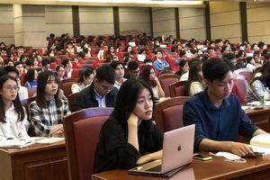 Trường Đại học Luật Hà Nội quán triệt Nghị Quyết Đại hội Đảng lần thứ XIII