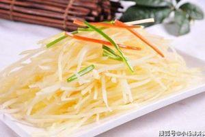 Bào sợi khoai tây như này bảo sao khoai tây xào không giòn ngon như ngoài hàng