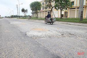 Gặp lại những hình ảnh không đẹp trên tuyến đường 173 tỷ đồng ở TP Hà Tĩnh