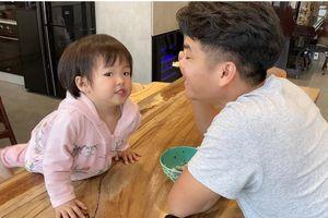 Lê Phương tiết lộ con gái được chồng cưng đến mức không muốn cho đi nhà trẻ