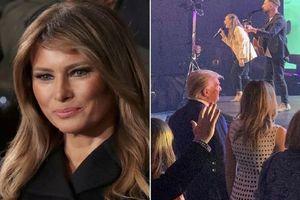 Vợ chồng cựu Tổng thống Trump xuất hiện cùng nhau dự lễ Phục sinh sau 'tin đồn ly hôn'