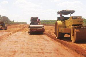 Các dự án thành phần cao tốc Bắc - Nam: Gỡ nút thắt thiếu vật liệu đắp nền