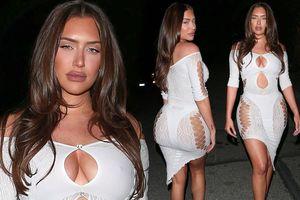 Bạn thân của Kylie Jenner mặc xẻ ngực, xuyên thấu khoe 3 vòng ngoại cỡ