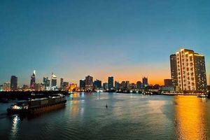 Ngắm vẻ đẹp của các công trình nổi tiếng ở TPHCM giữa trời đêm